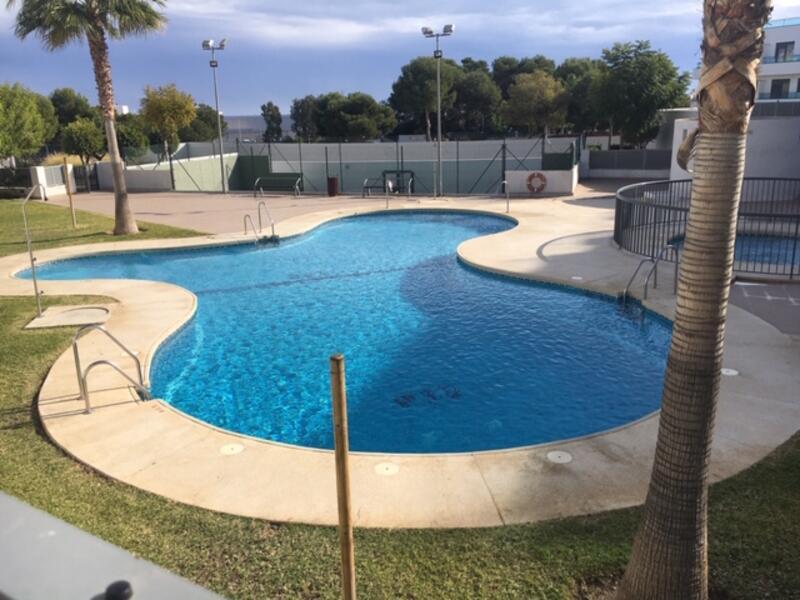 Apartamento en Residencia El Pinar, Mojácar Playa, Almería