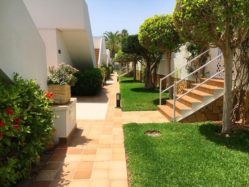 IND/IVS/10: Apartment for Rent in Mojácar Playa, Almería